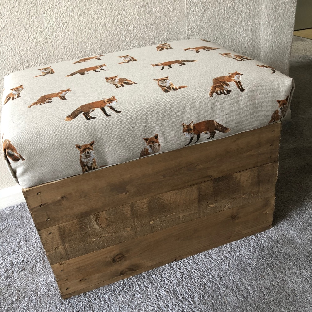 Wooden Vintage Style Apple Crate Storage Seat- Fox