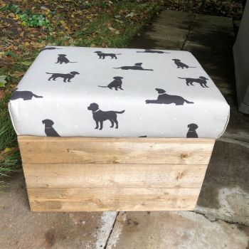 Wooden Vintage Style Apple Crate Storage Seat- Black Labradors