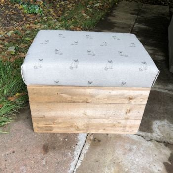 Wooden Vintage Style Apple Crate Storage Seat- Cats