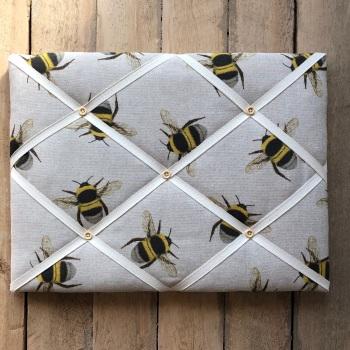 Memo Board 42cm x 31cm - Bee Swarm
