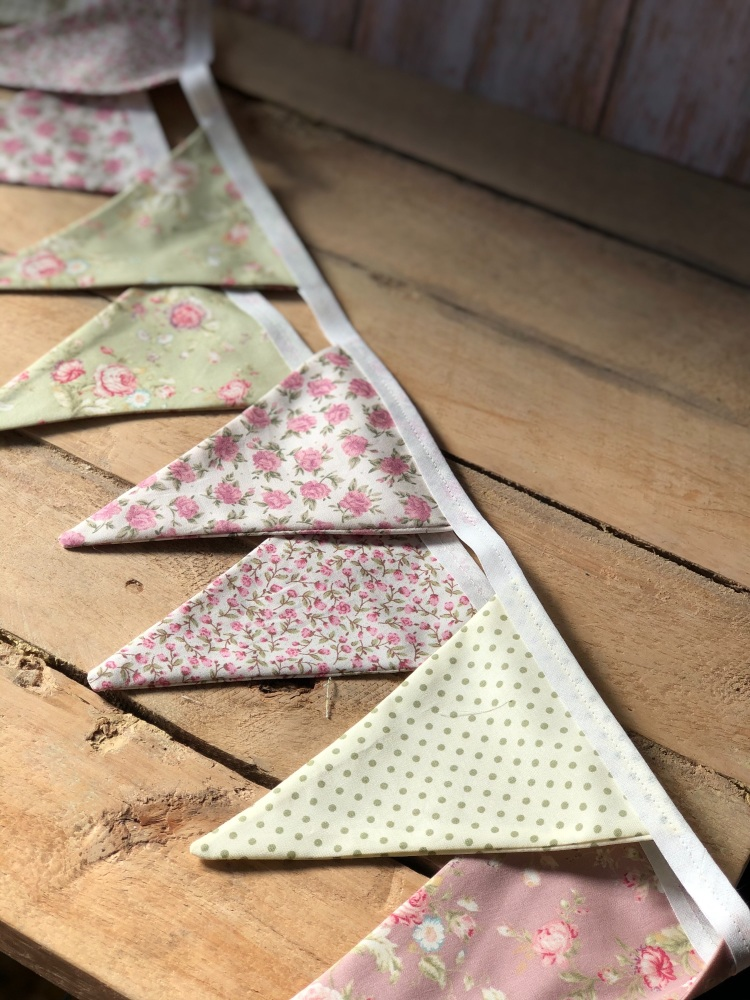 Bunting - Vintage Roses Green and Pink