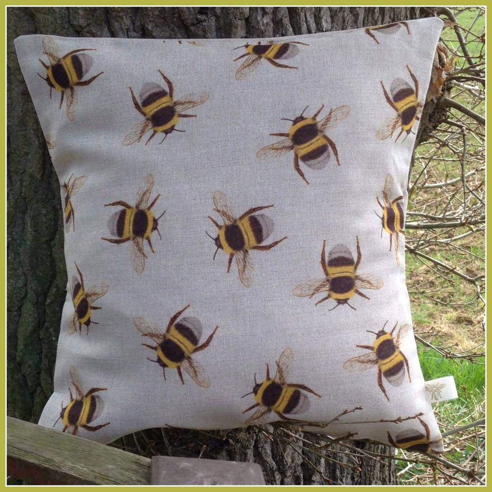 Linen Multi Bee Linen Cushion