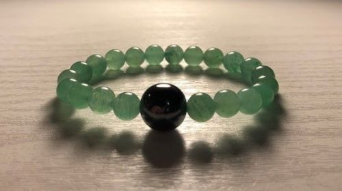 **NEW** AMELIE HOPE CRYSTAL ACUPRESSURE ANTI MORNING SICKNESS BRACELET