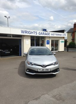 Toyota Auris Business ED VVT-I CVT YEAR 2015 SOLD