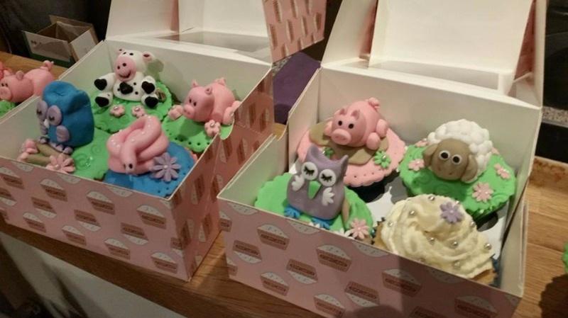 liz cupcake party 3