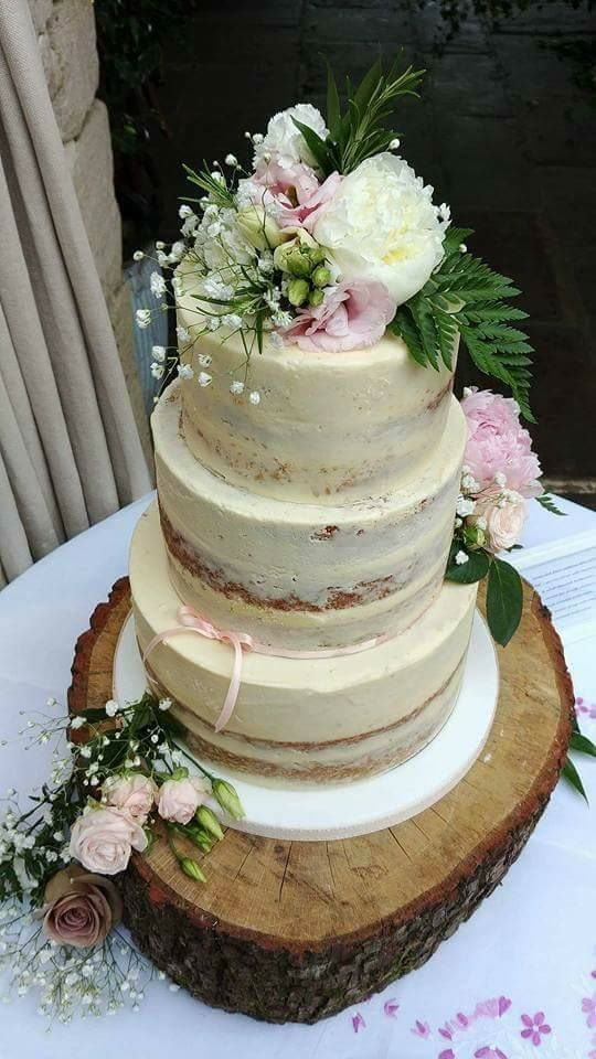 Semi naked cake set up in Tetbury