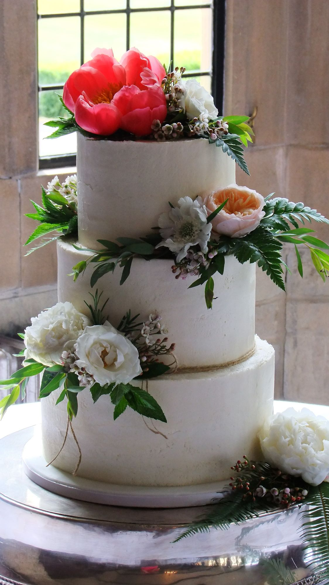 buttercream wedding cakes Bristol