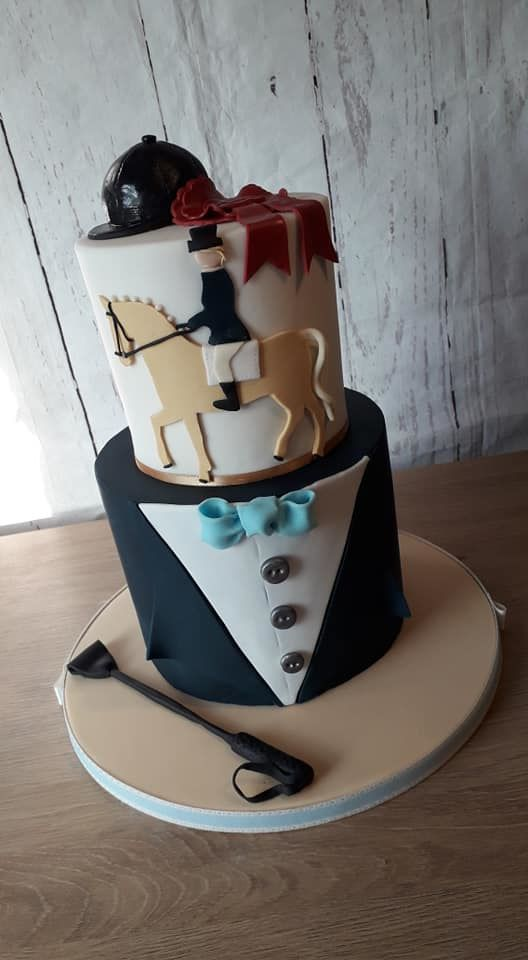 horse riding cakes