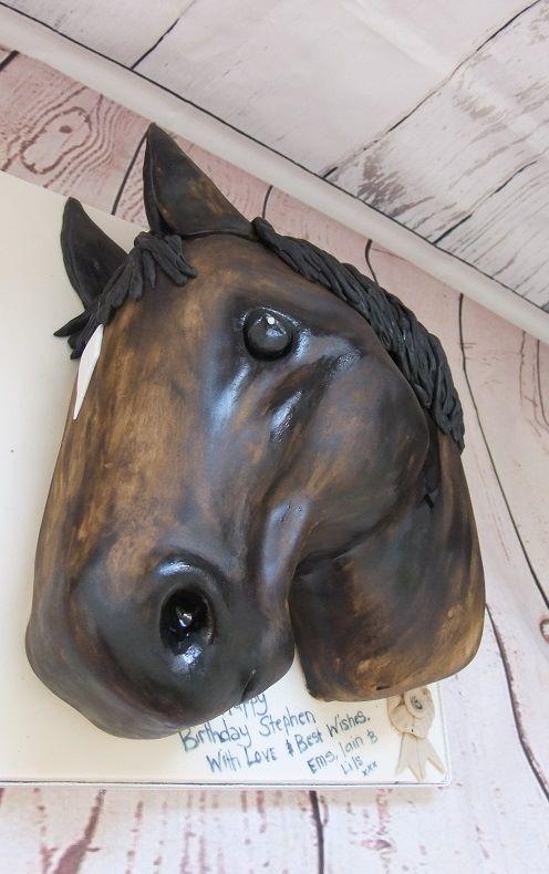 horse head cakes
