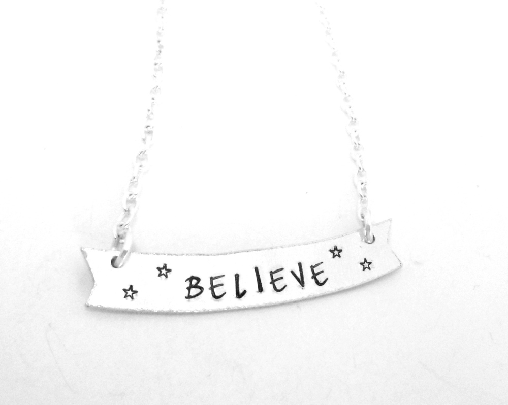 Banner Necklace (Believe)