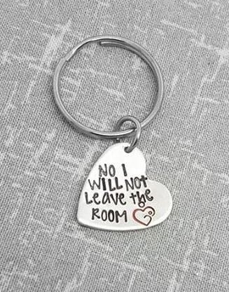 No i will not leave the room Keyring