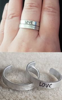 Ring Set - Hammered Band & Wording of your choice - Thin Band