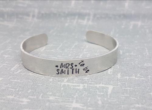 Mrs ... To Be - Cuff Bracelet