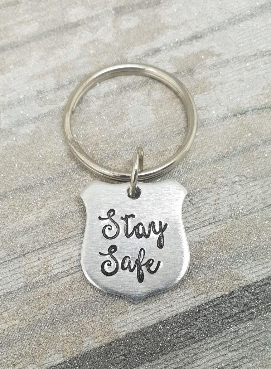 005 - Stay safe keyring
