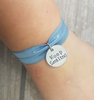 Keep Smiling - Stretch Bracelet