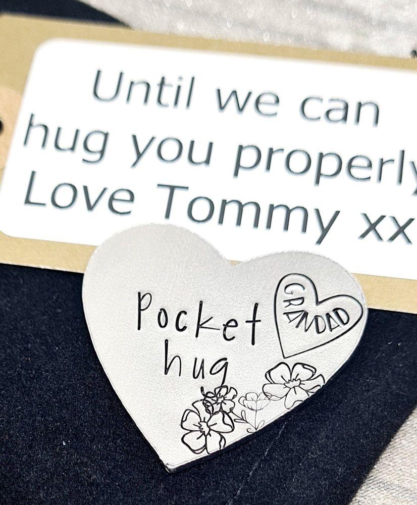 Maxi Hug Heart Pocket Hug  - Token