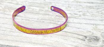 Dream it do it - Cuff bracelet (rainbow)
