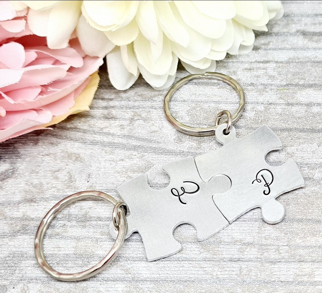 Initial Puzzle Piece Keyring ***Sunday Special 04/10 **