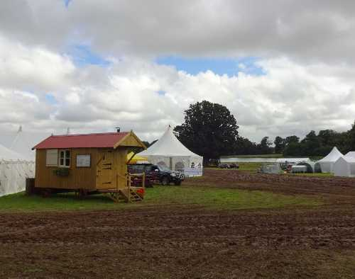 Hut marooned by mud - Aylsham Show 2015