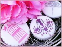 <!--003-->Cupcake Stencils