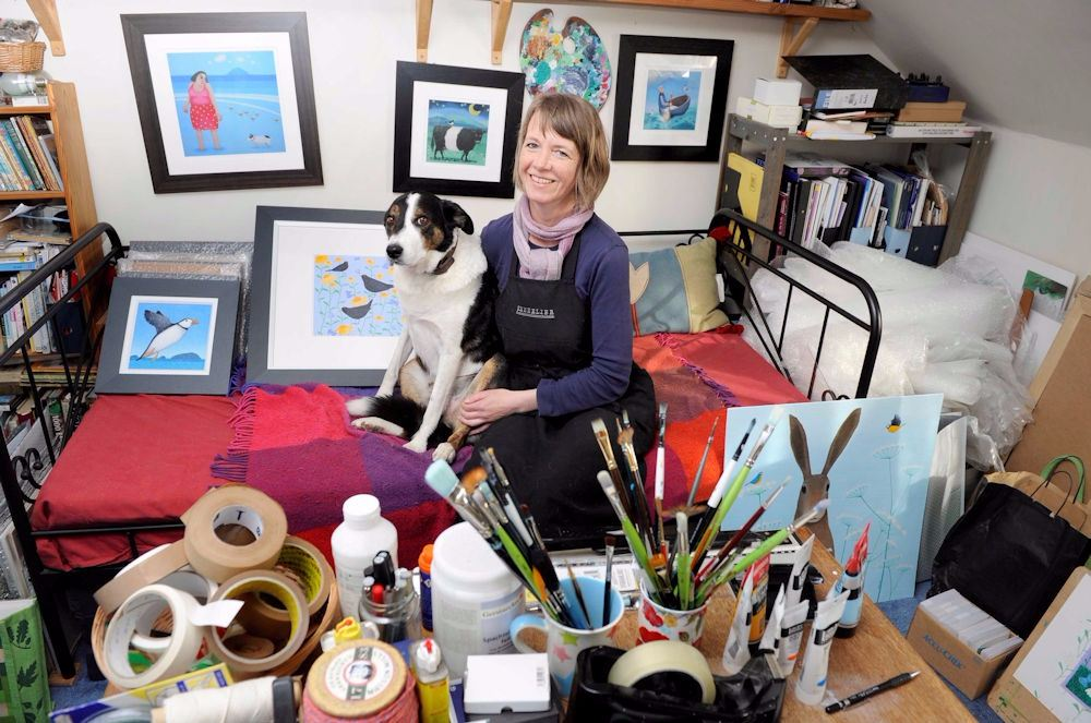 ailsa black in my studio in carsethorn scotland (1)