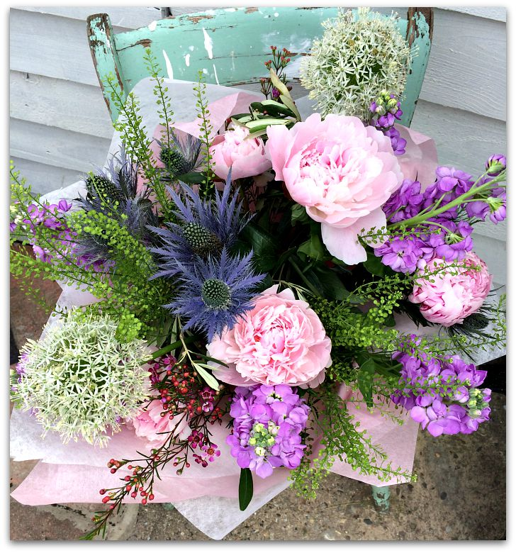 becks ewen birds eye view gift bouquet