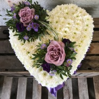 Lilac Memory Lane Rose with Based Chrysanth Heart