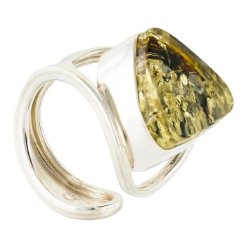 R005-504  Green Baltic Amber adjuastable Ring