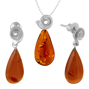 Tear Drop Cognac Amber Pendant with Shell mount and Drop Stud Earrings