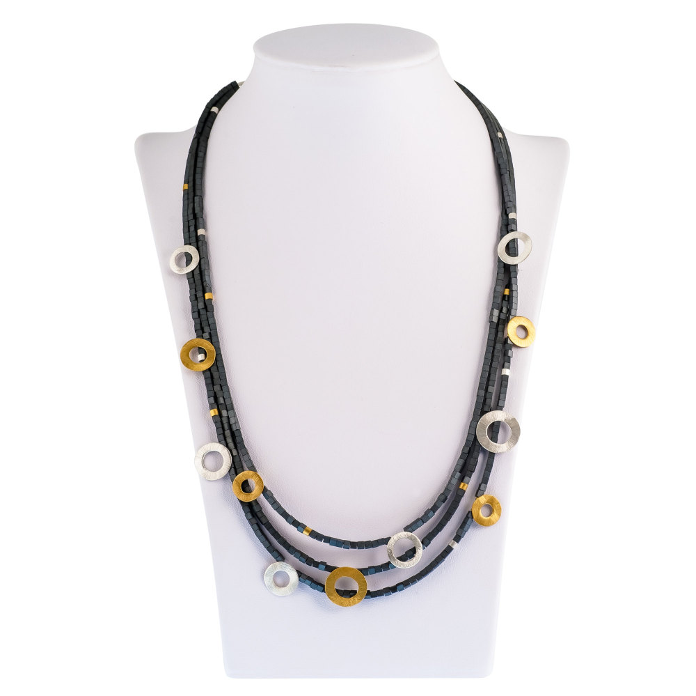 Three strand 46 cm Necklace