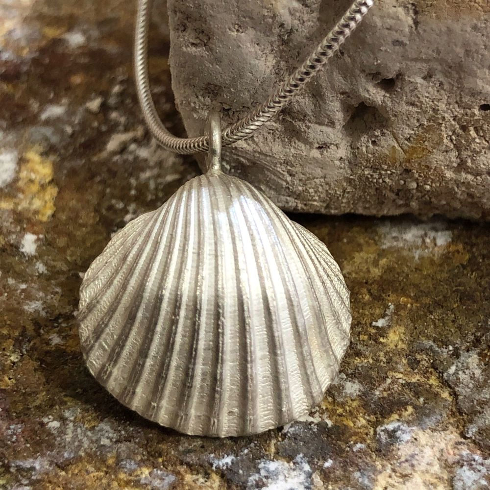 Solid Silver Sea Shell Pendant