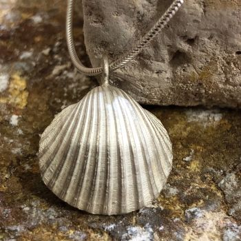 Solid Silver Sea Shell Pendant