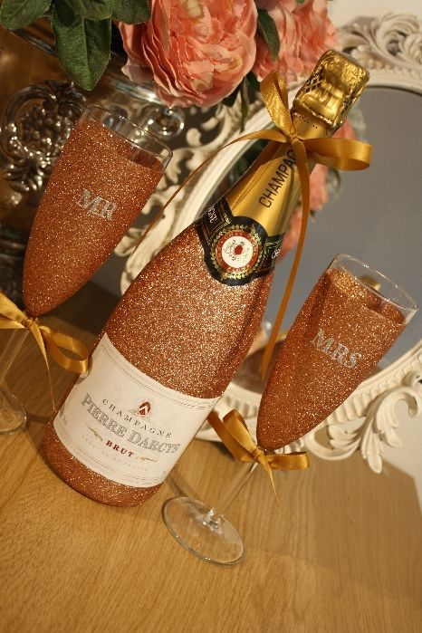 Glittery Wine, Champagne, Prosecco or Cava and Two Initialled Champagne Flu