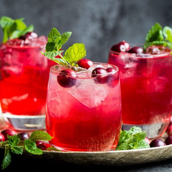 Cranberry-Gin-Cocktail-2-2-600x600