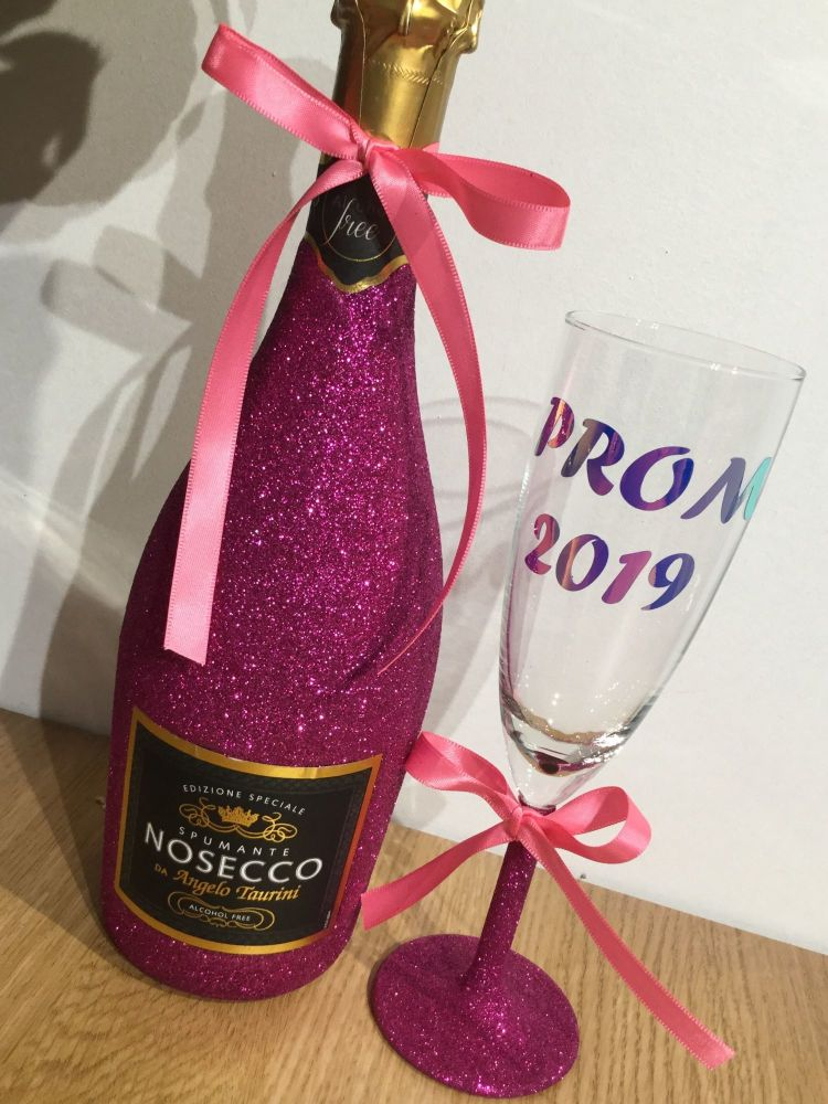 NON-ALCOHOLIC Prom Prosecco with matching