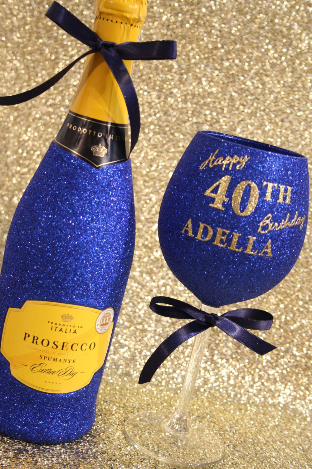 A: Personalised Wine, Champagne, Prosecco or Cava and Glass
