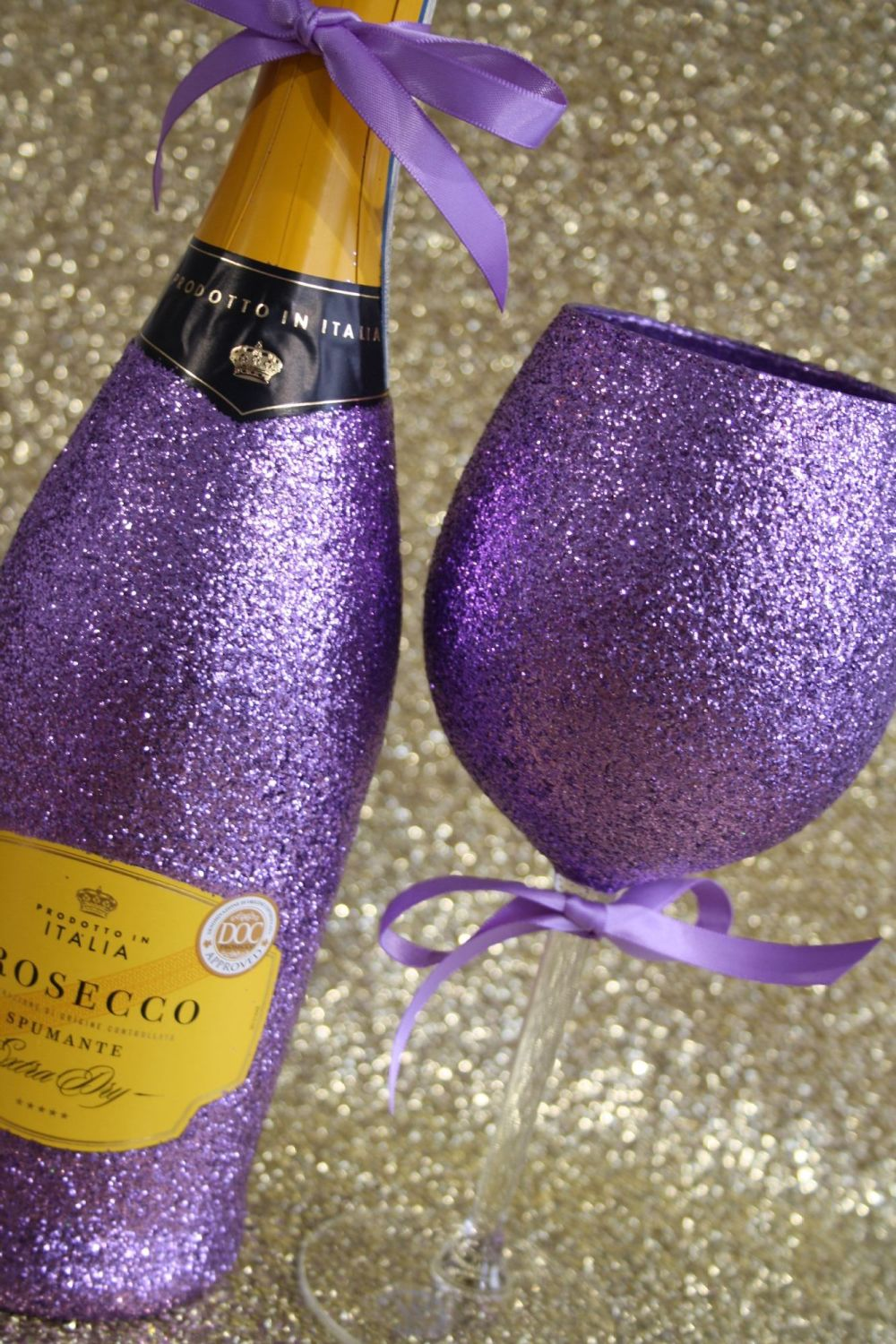 Glittery Wine, Champagne, Prosecco or Cava and Luxury Large Wine Glass Gift