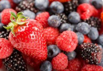 Berry Blast Fragrance Hand Sanitiser Spray Base 90% Alcohol 500ml *UK DELIVERY ONLY*