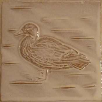 Female duck tile