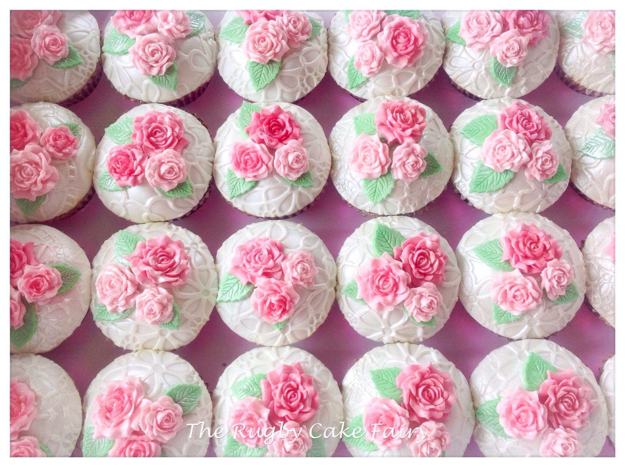 Vintage pink rose cupcakes