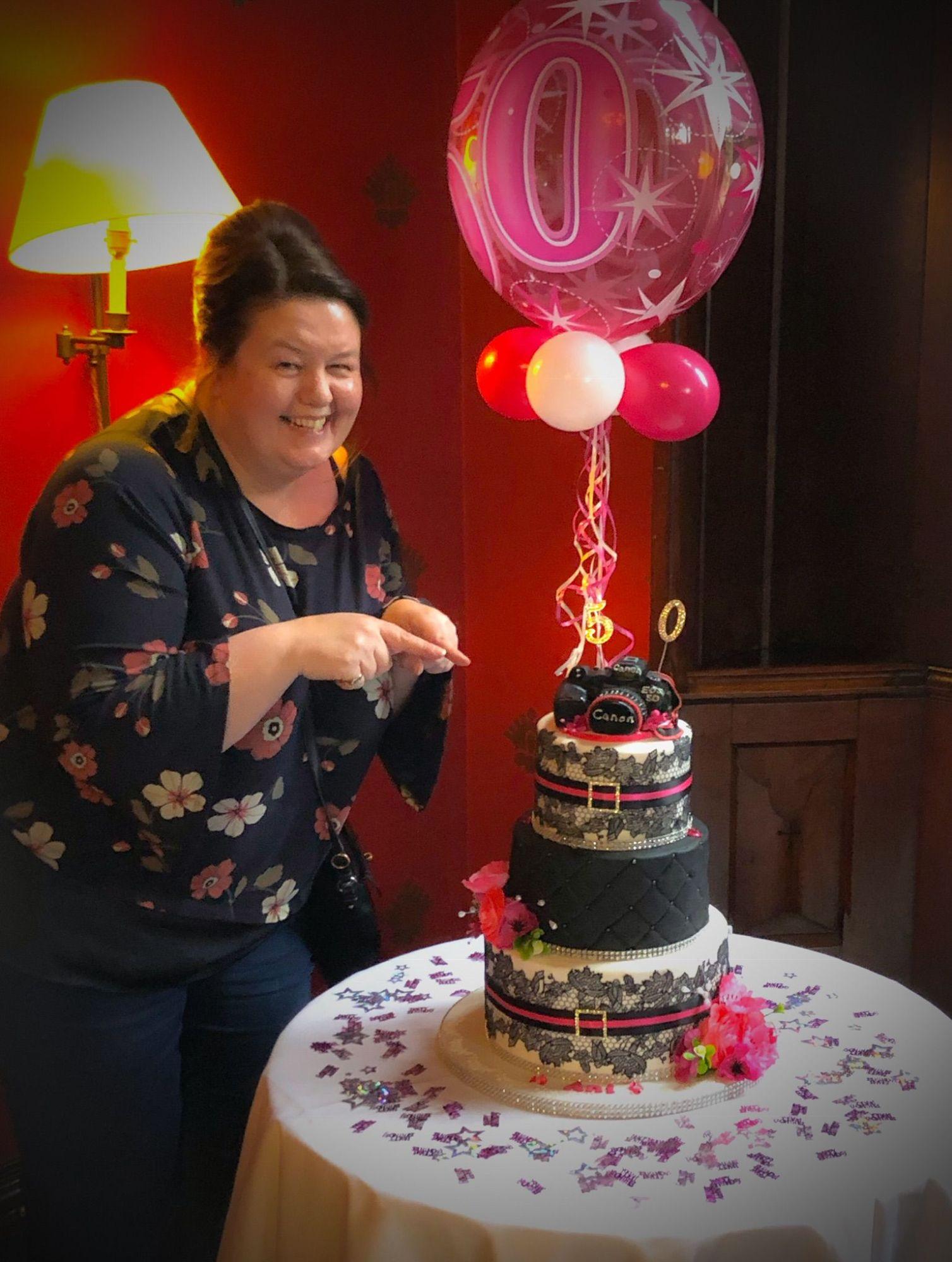 anis 50th cake