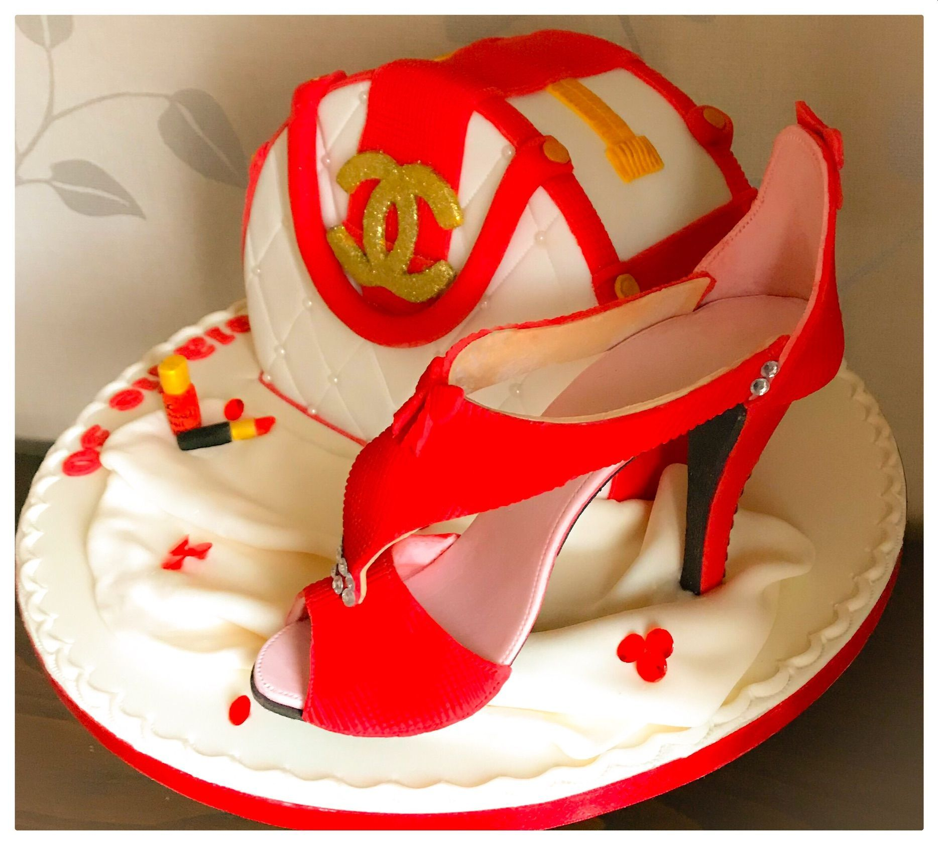 chanel handbag and shoe cake 2