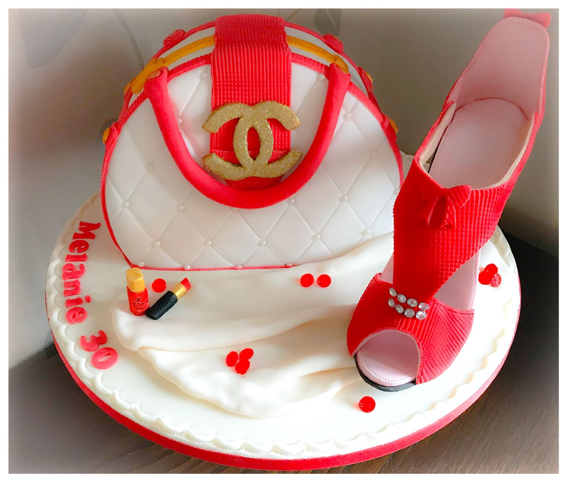chanel handbag and shoe cake 3