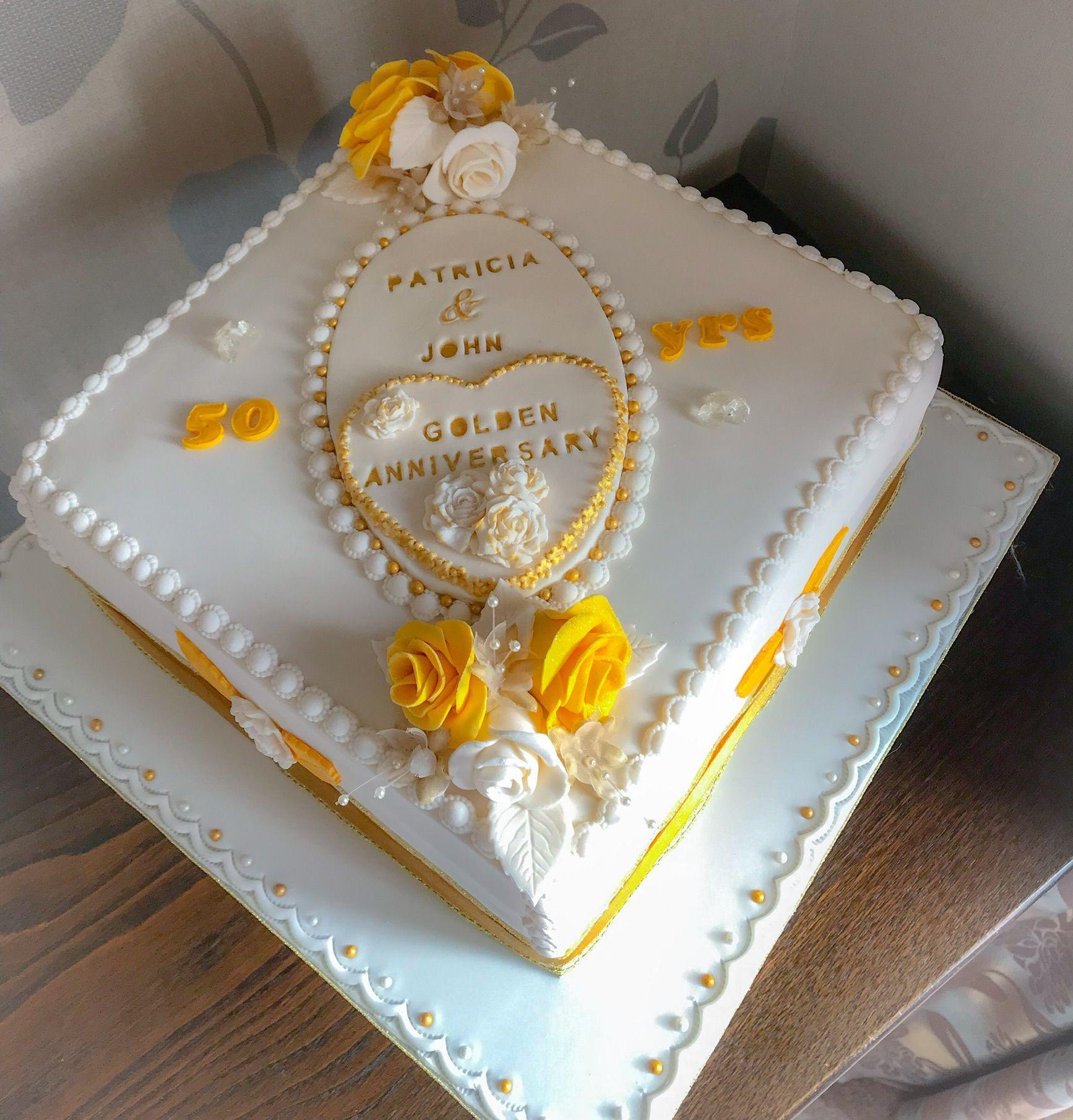 golden wedding cake #