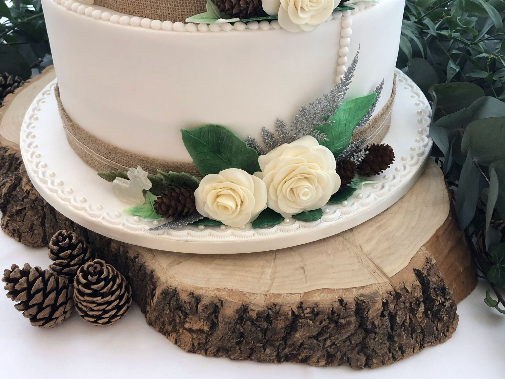 hessian wedding cake 1