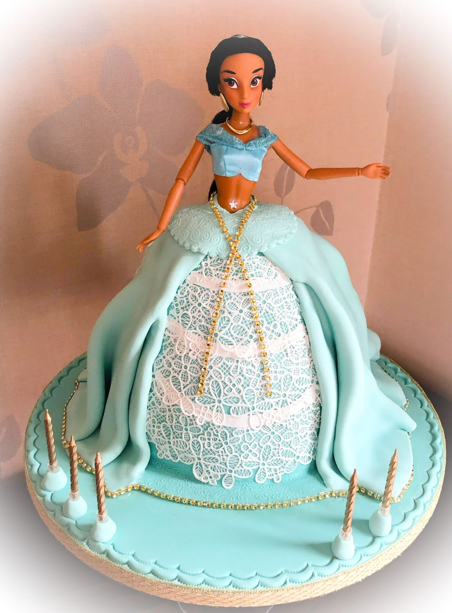 princess jasmine doll cake 2