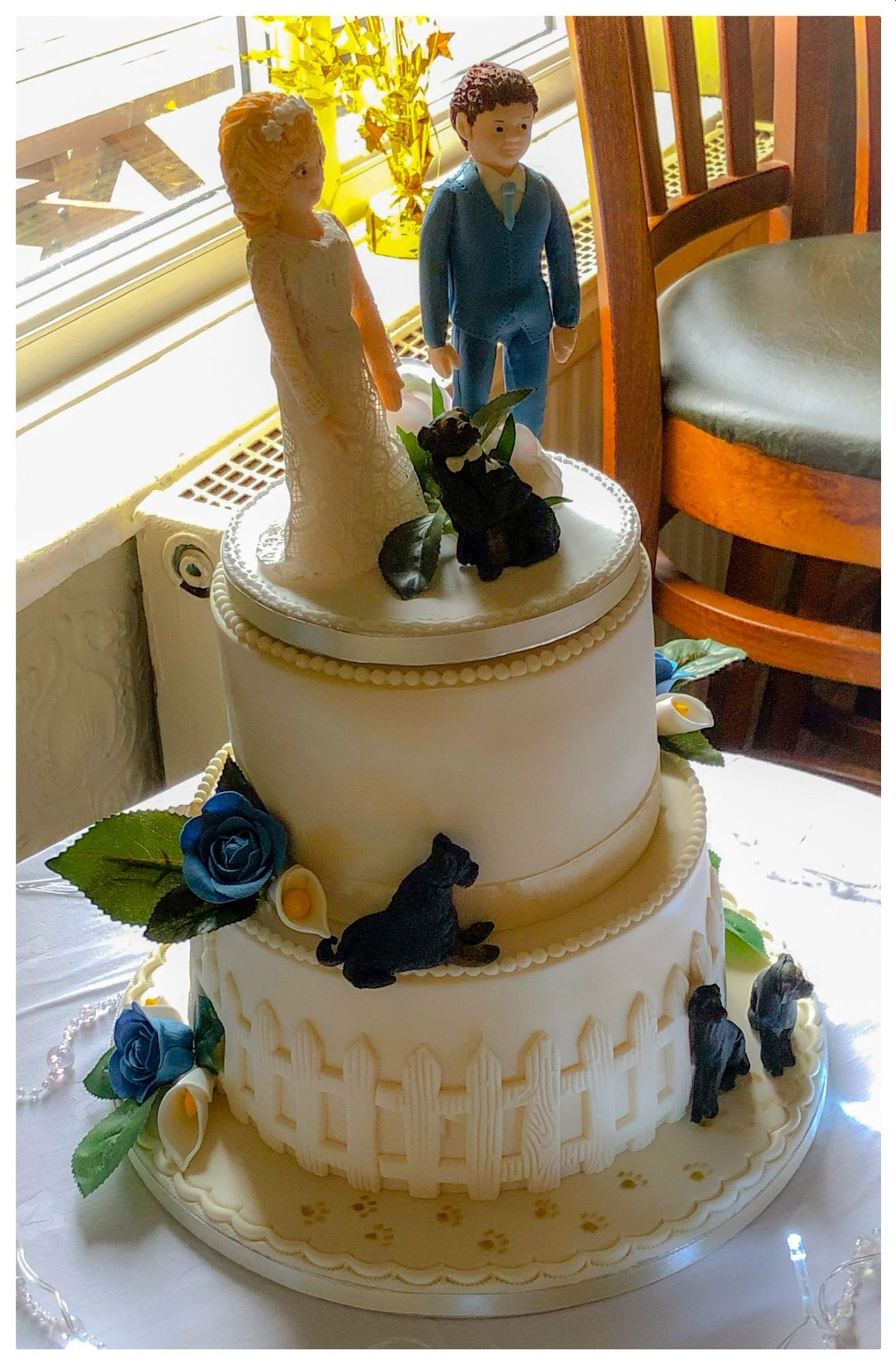 rottweiler wedding cake