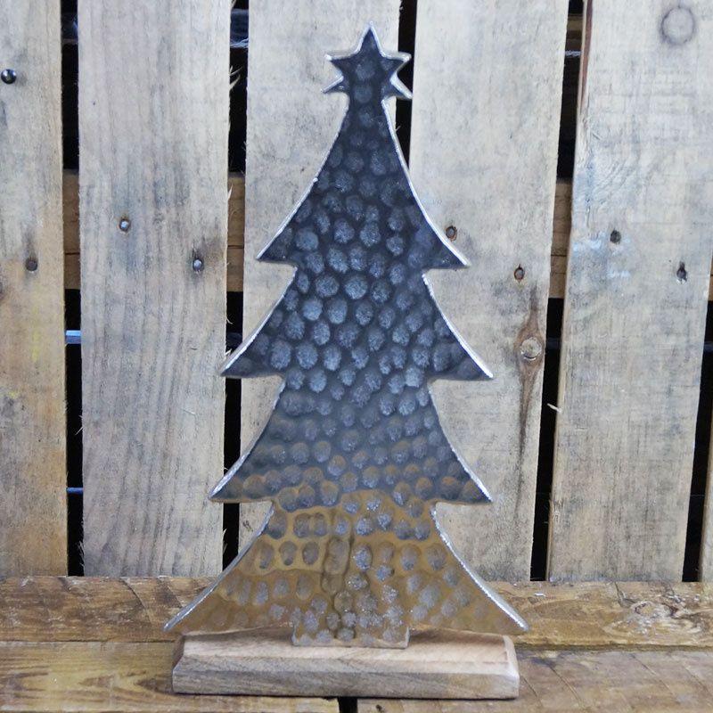 Hammered Aluminium Standing Christmas Tree
