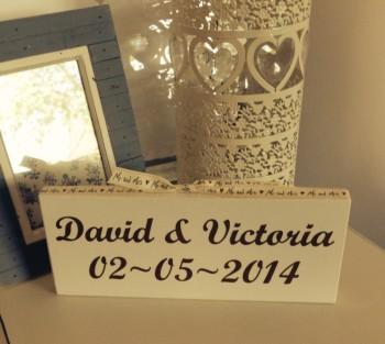 Mr & Mrs Shelf Sign