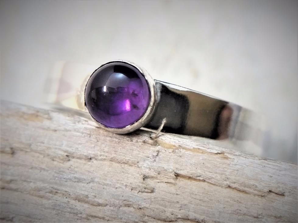 Sterling Silver 5mm Amethyst Cabochon Ring